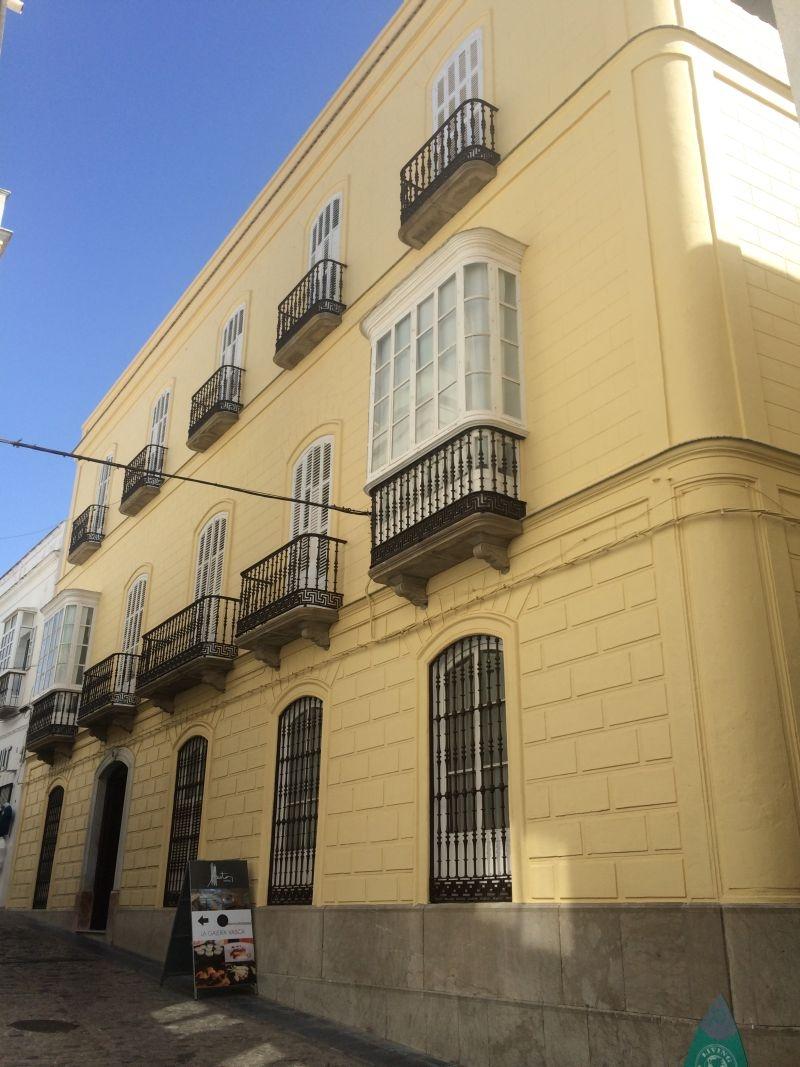 Pisos y casas embargados de bancos