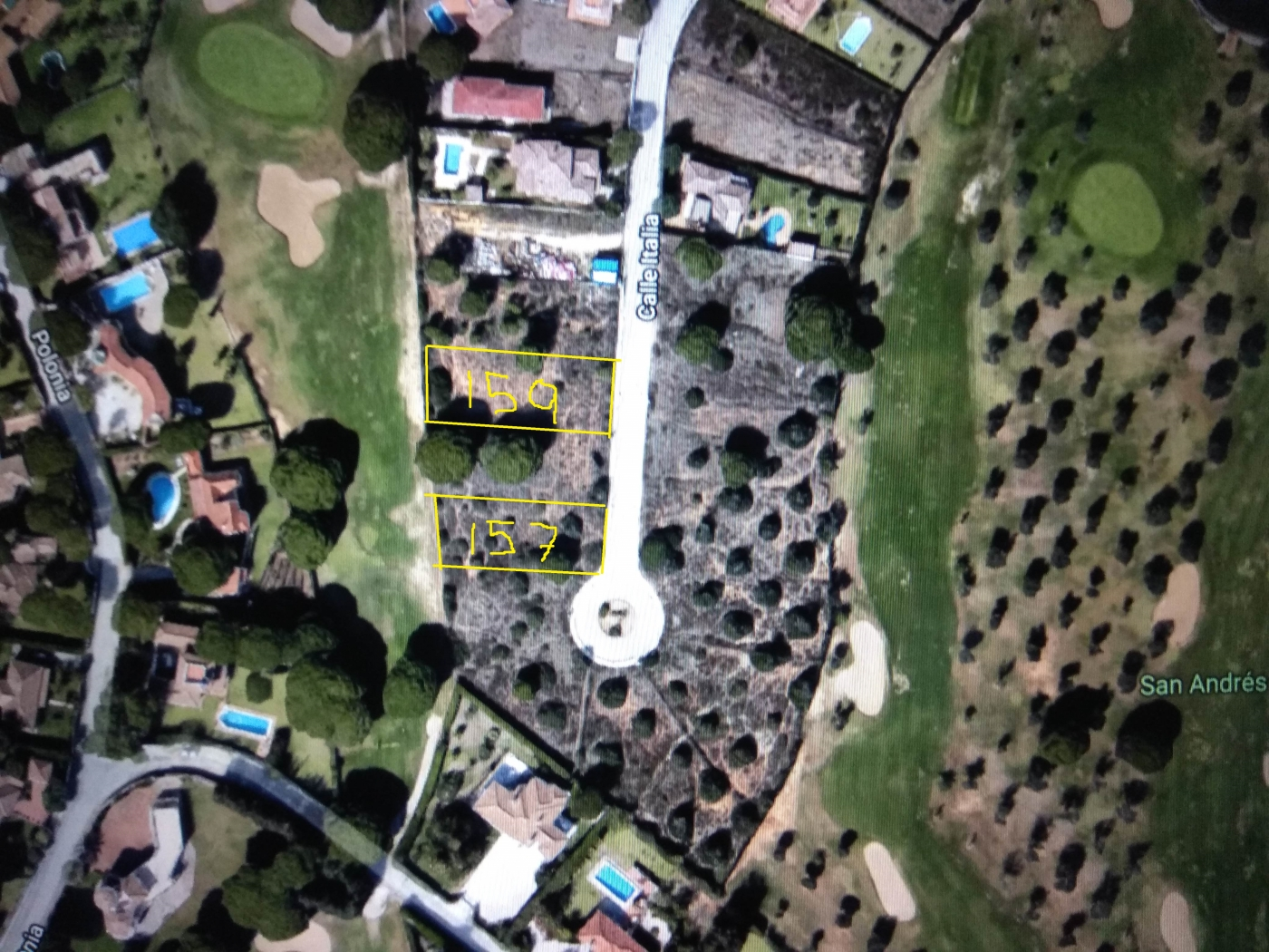 Consolidated urban plots in San Andres Golf
