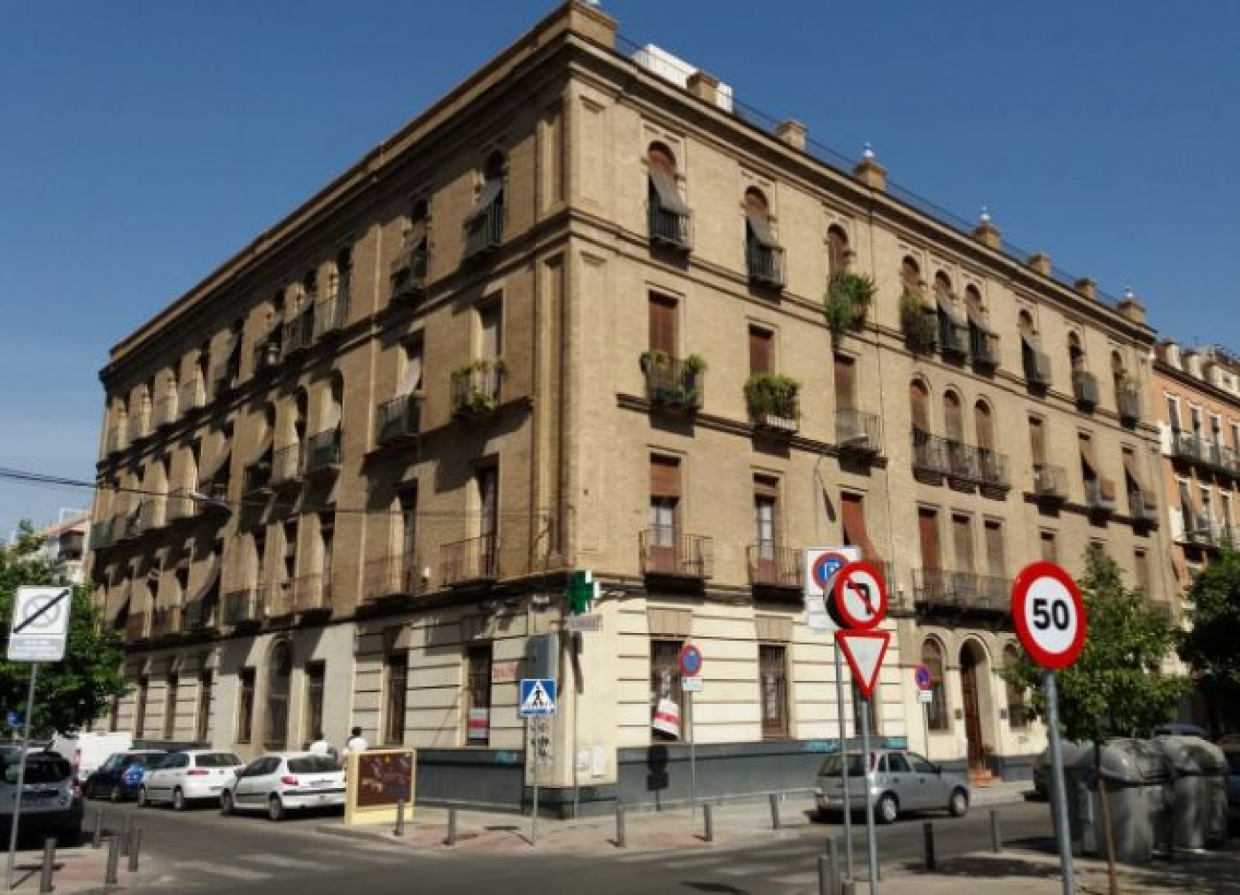 Bank properties in Sevilla