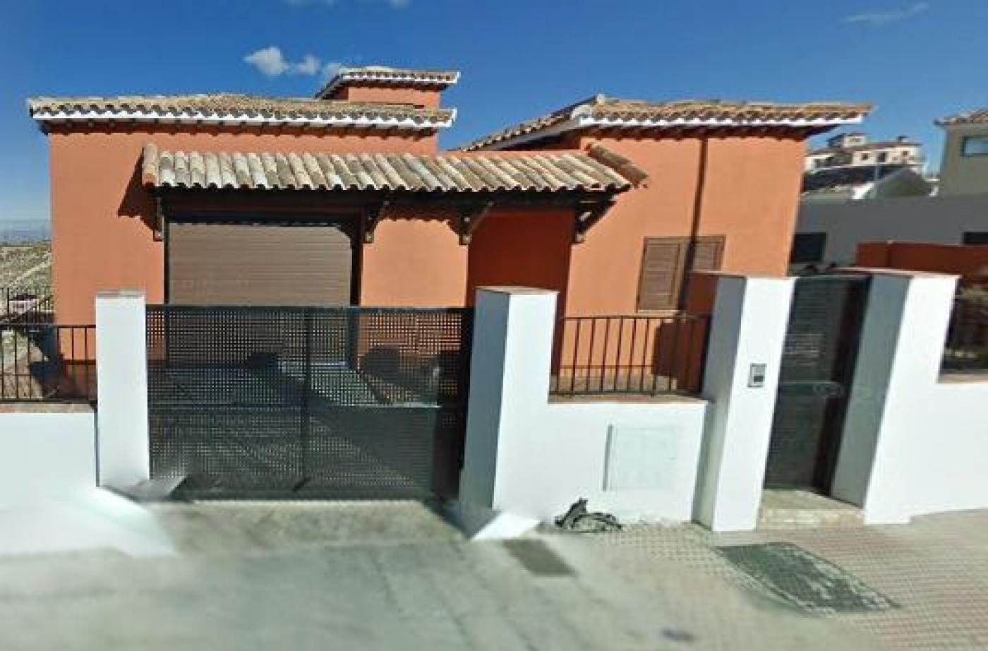 Bank properties in Granada
