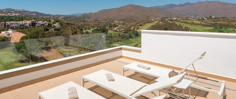 A9_NEW_Horizon_Golf_townhouse_terrace-1