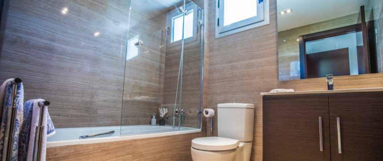 B9_La_floresta_sur_bathroom_Abril2017_J74A8333-HDR