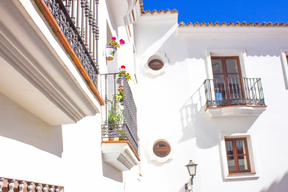 Casares-Village-Apartments-2
