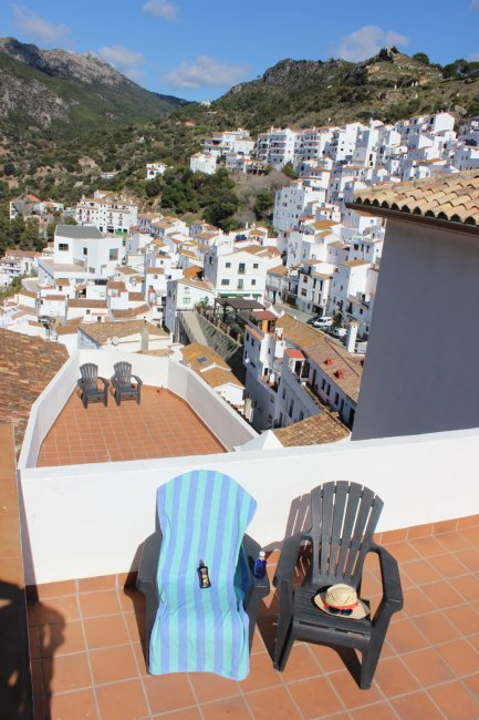 Casares-Village-Apartments-Community-Terrace