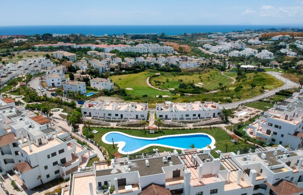 3 LA RESINA VIEWS SUNSET GOLF DISCOUNT PROPERTY CENTER MARBELLA
