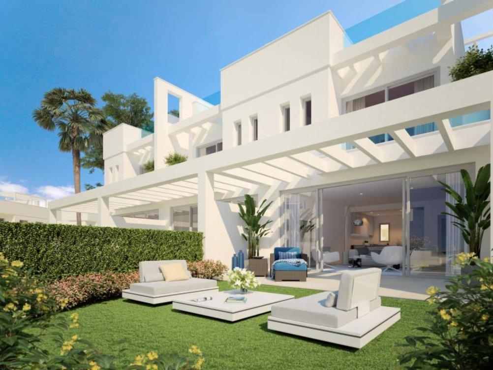Modernas casas en Calahonda en Mijas