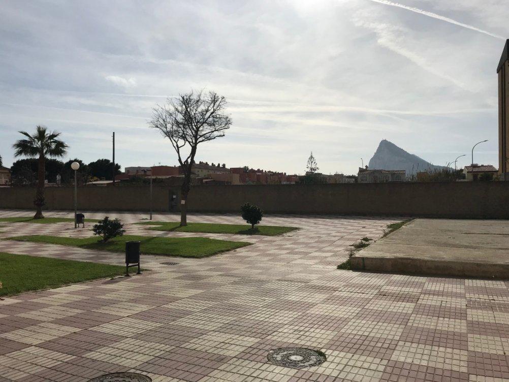 Local en La Linea de la Concepcion en La Línea de la Concepción