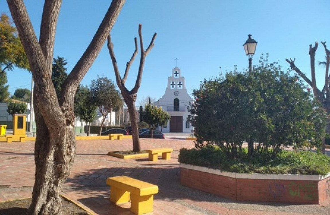 Commercial premises in Pueblo Nuevo in San Roque