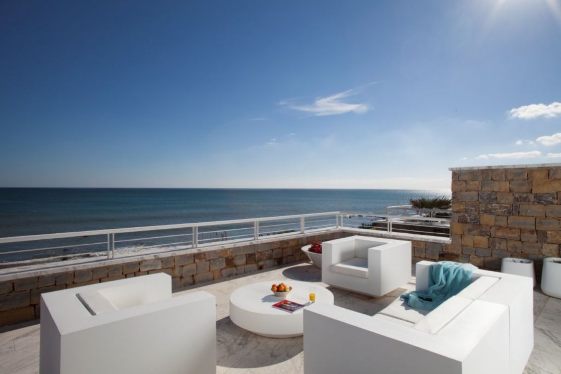 Apartamentos en primera línea de playa, Casares en Casares